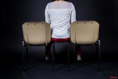 avoir_le_cul_entre_deux_chaises_rd
